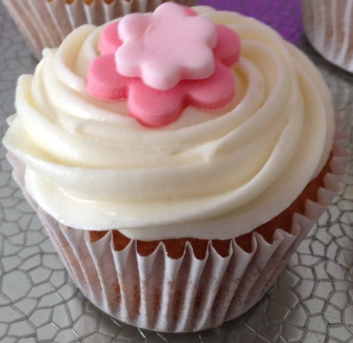 Cup cake – vanilla frosting